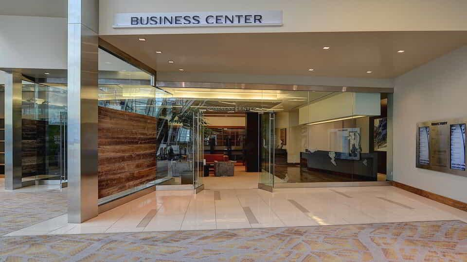 Conveniently located at the entrance to the convention facility, the Business Services Center is available to take care of all professional needs.