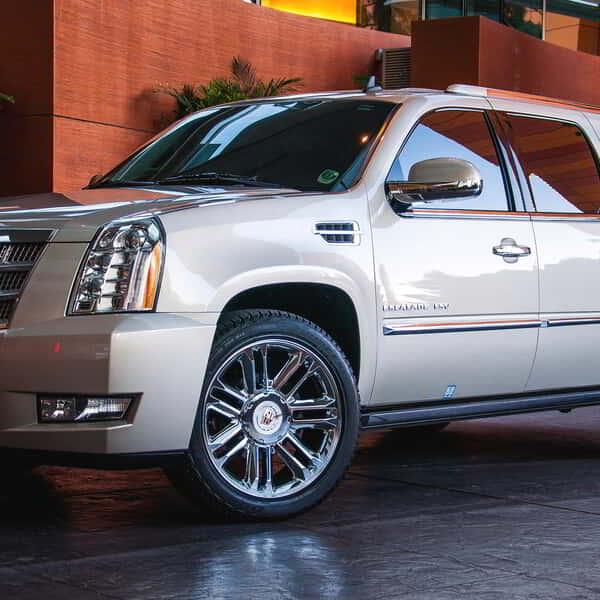 aria-transportation-escalade