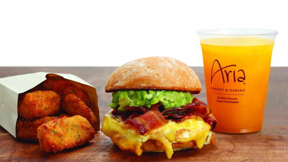 Discover a whole new approach to the classic American at Burger Lunge in Aria.