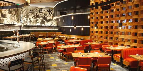 aria-dining-five50-seating