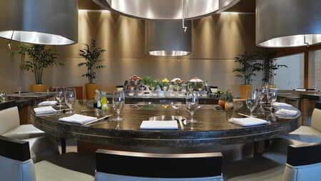 aria-dining-tetsu-table