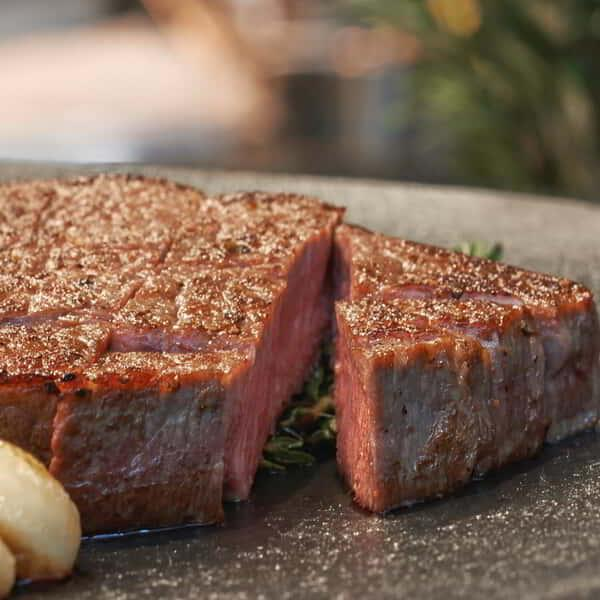 aria-dining-tetsu-cube-steak