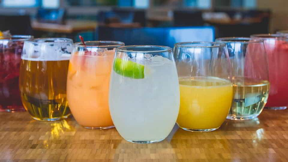 Bottomless Beverages at The Buffet.