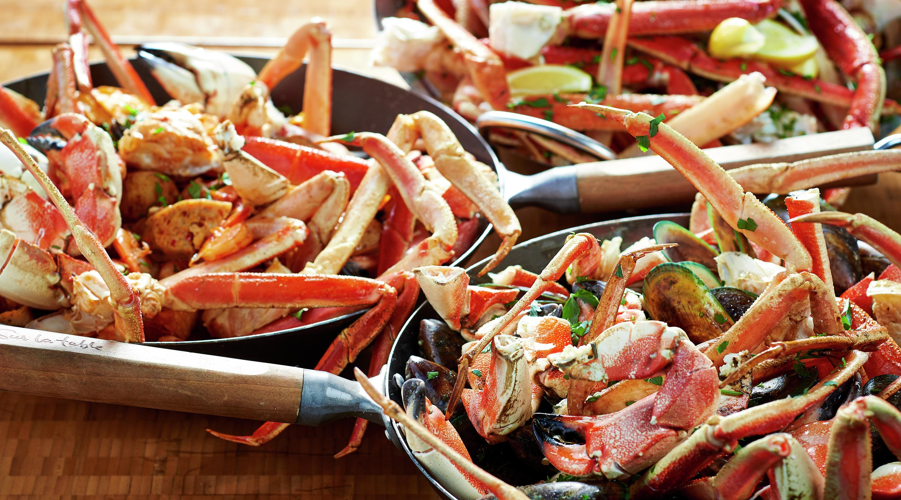 Enjoy crab at the ARIA Buffet.