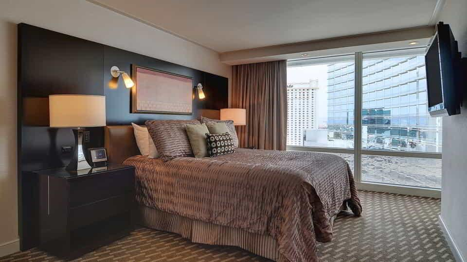 aria-hotel-crystals-suite-bedroom