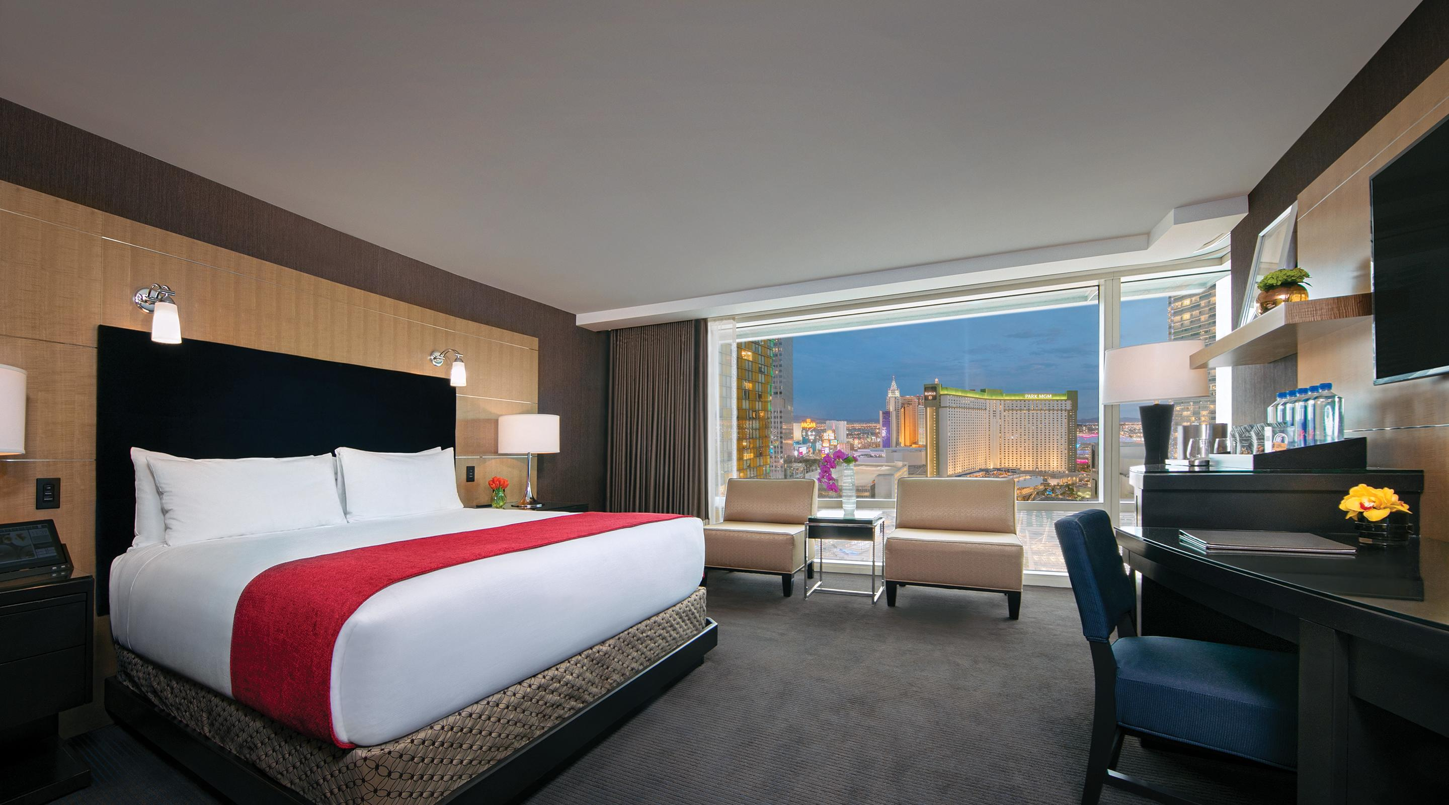 King bed deluxe room city view at Aria.