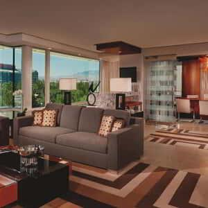 aria-hotel-executive-tower-suite-livingroom.tif.image.300.300.high
