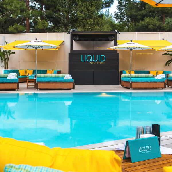 LIQUID's 35-seat restaurant and bar offers full food-and-drink service as world-renowned DJs keep the energy flowing.