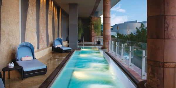 aria-spa-therapy-pool