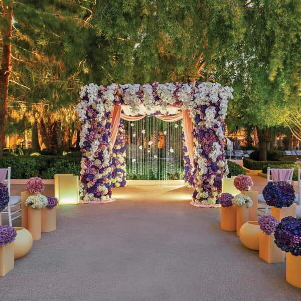 A nice shot of the hall way of outside venue wedding.