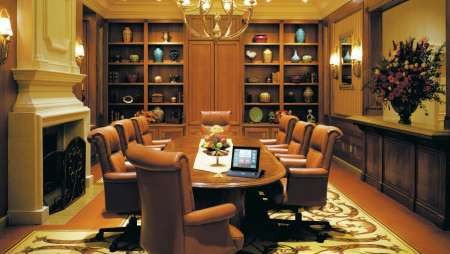 beau-rivage-meetings-oaks-meeting-room