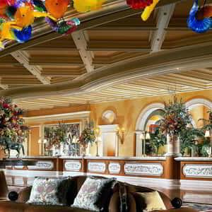 bellagio-lobby-front-desk