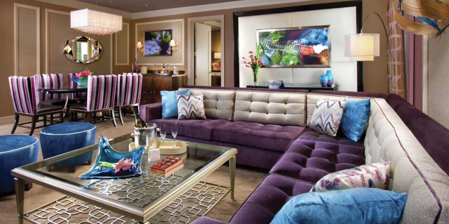 bellagio-hotel-two-bedroom-penthouse-suite-living