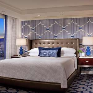 bellagio-hotel-tower-king-bedroom