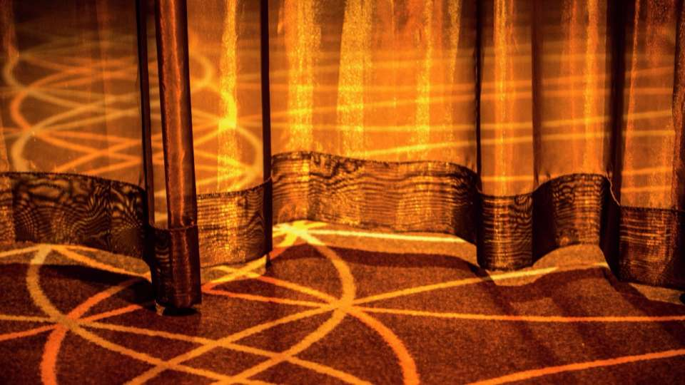 bellagio-lily-detail-carpet