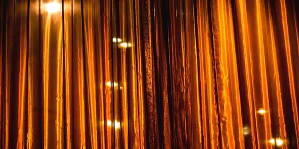 bellagio-lily-detail-drapes