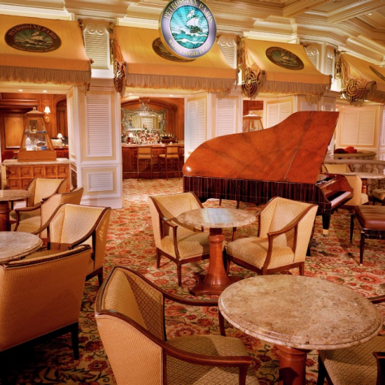 Petrossian gently sets the mood for sophisticated tastes and discerning palates. Indulge in a splendid evening with live music from the one-of-a-kind Steinway grand or relax on one of the velvet couches that overlook the casino.
