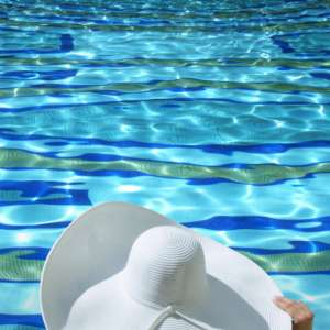 bellagio-offers-summer-2016-hat-pool.tif.image.300.300.high