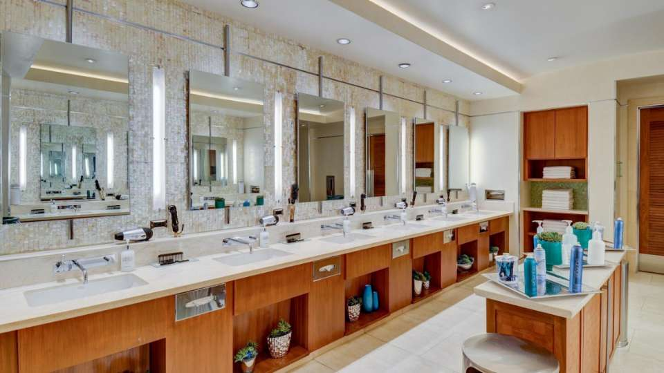 An image of the women's vanity mirrors in the spa.