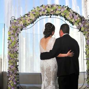 Host your wedding at Hyde Nightclub & Lounge.