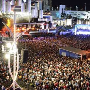 corporate-entertainment-event-rock-in-rio-crowd.tif.image.300.300.high