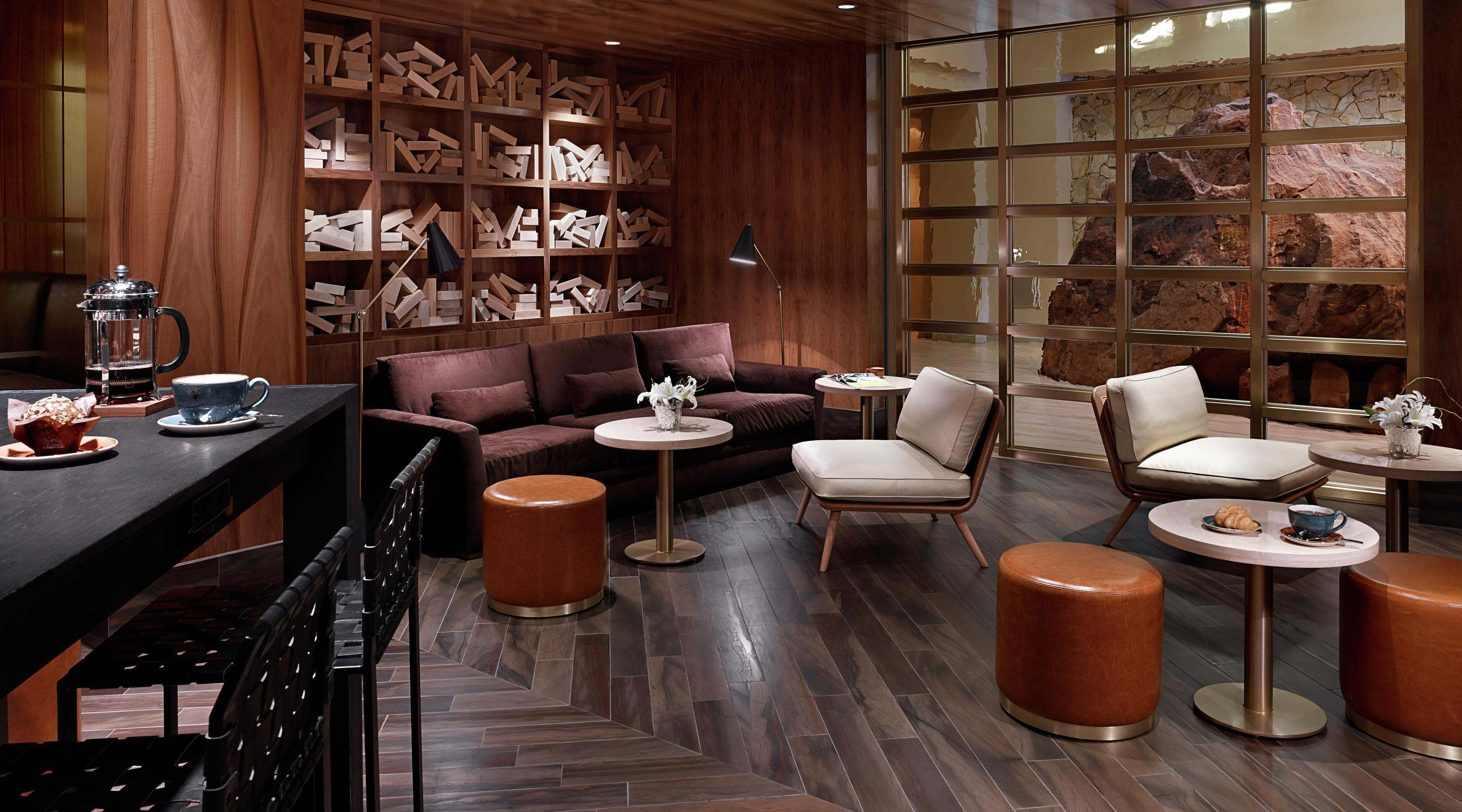 3940 Coffee and Tea offers a comfortable surroundings, where guests can lounge and unwind in our alluring living room.
