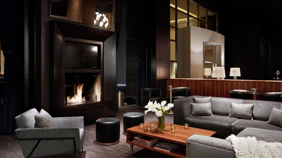 Enjoy craft cocktails, cubano sliders, and converse in our seductive fireside seating area at Franklin.