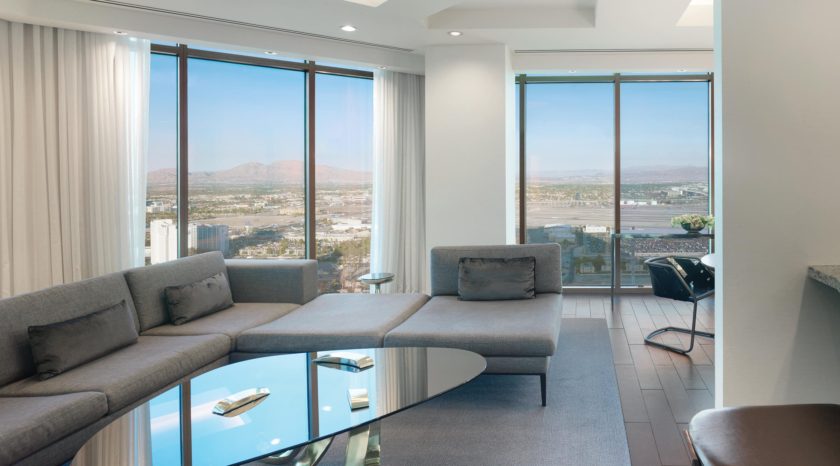 Delano Las Vegas Penthouse Panoramic View Living Room with Mountain View
