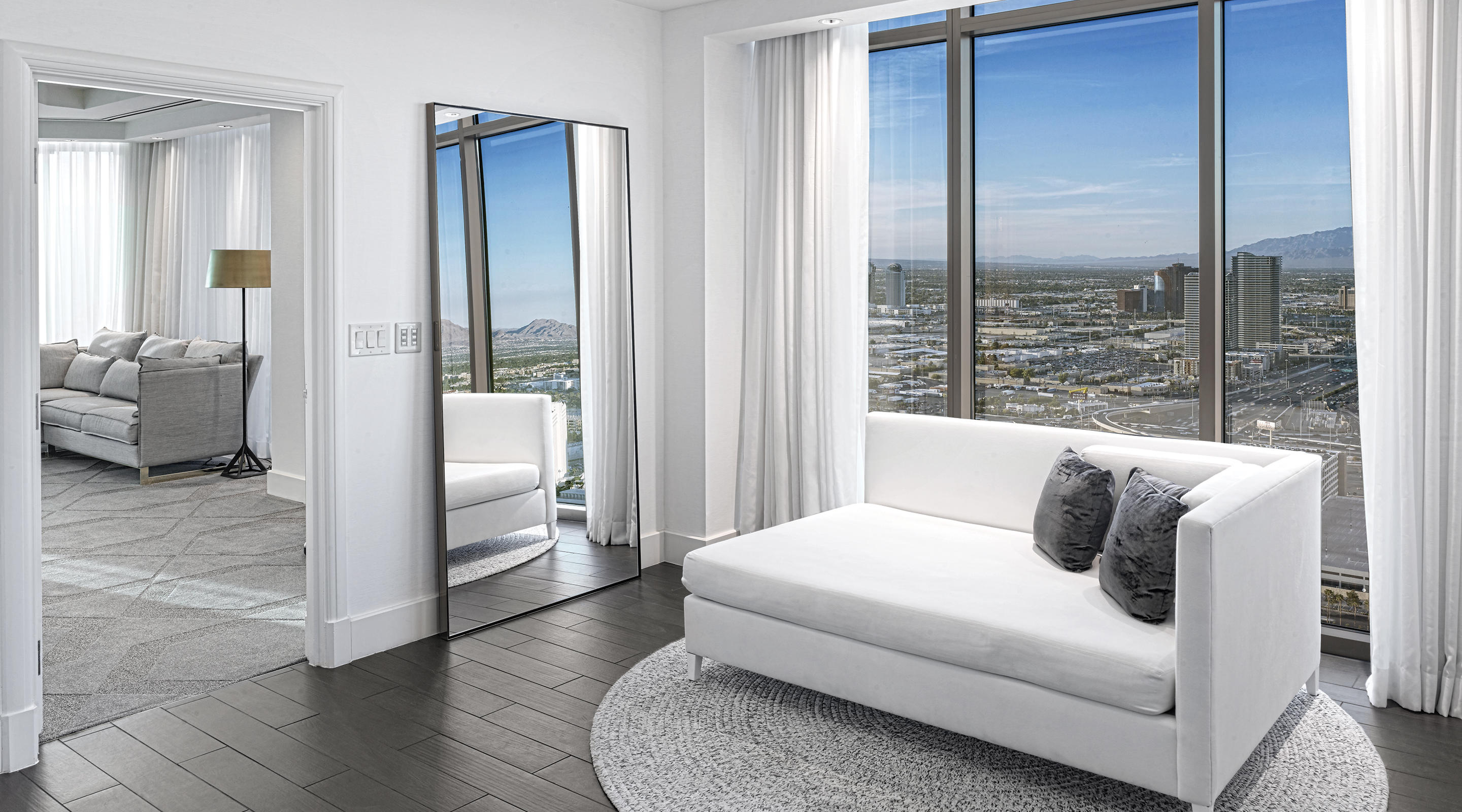 Delano Las Vegas Penthouse Panoramic View Living Room