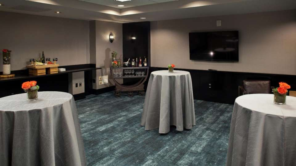Design your own ambiance for your next group gathering.