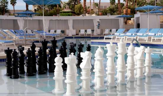 delano-las-vegas-beach-club-chess.TIF.image.550.325.high