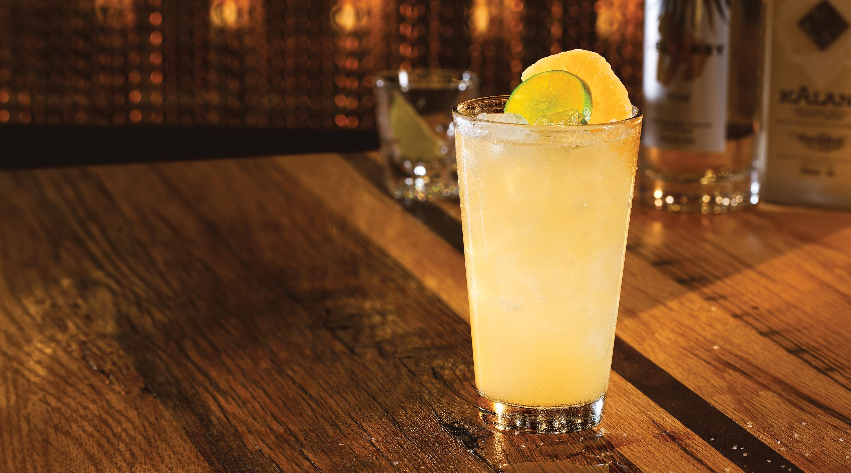 Available classic or spicy cimmarón blanco tequila, lime, agave nectar, salt or no salt.