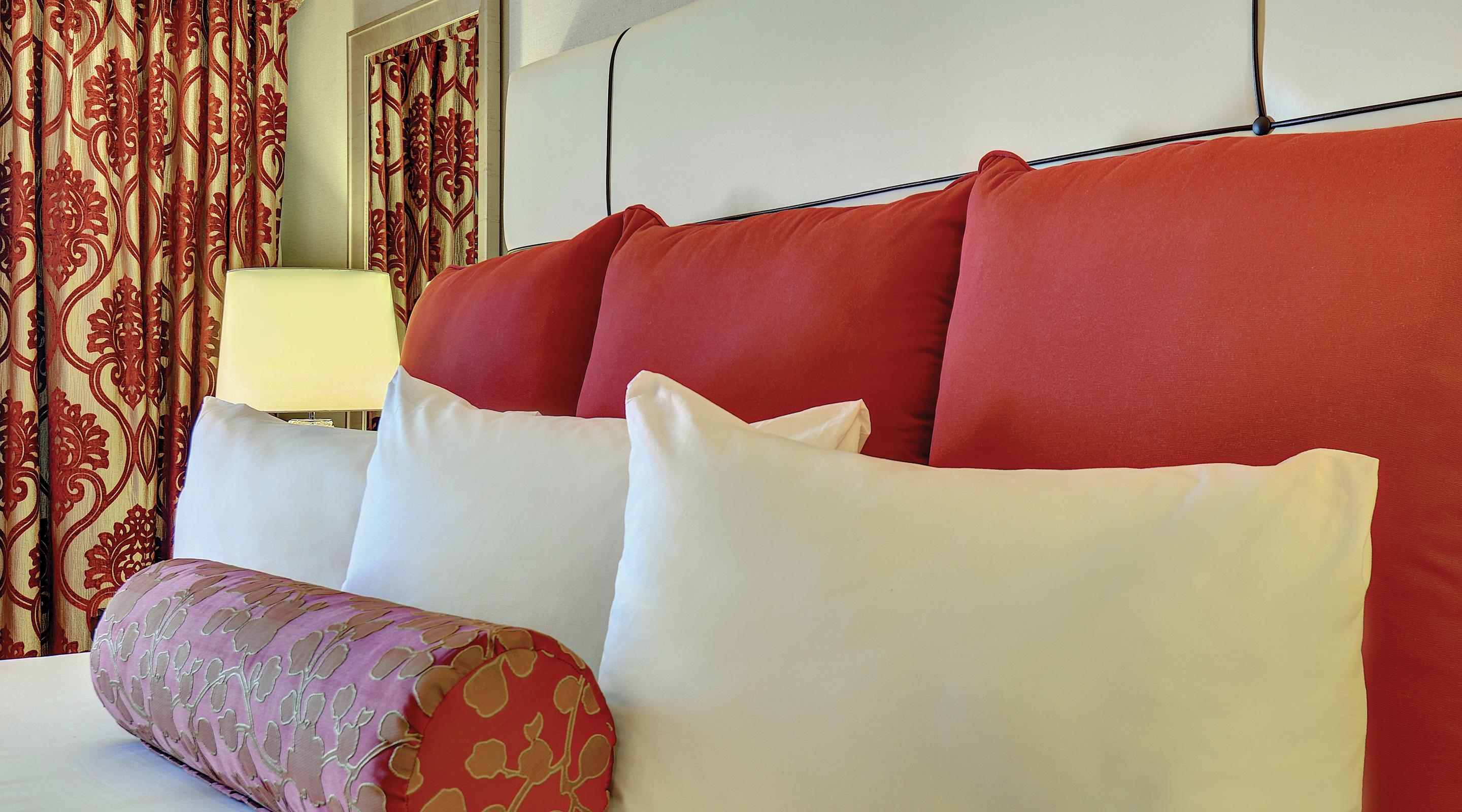 This is an image of the Royal Luxury Suite Pillow Accents.