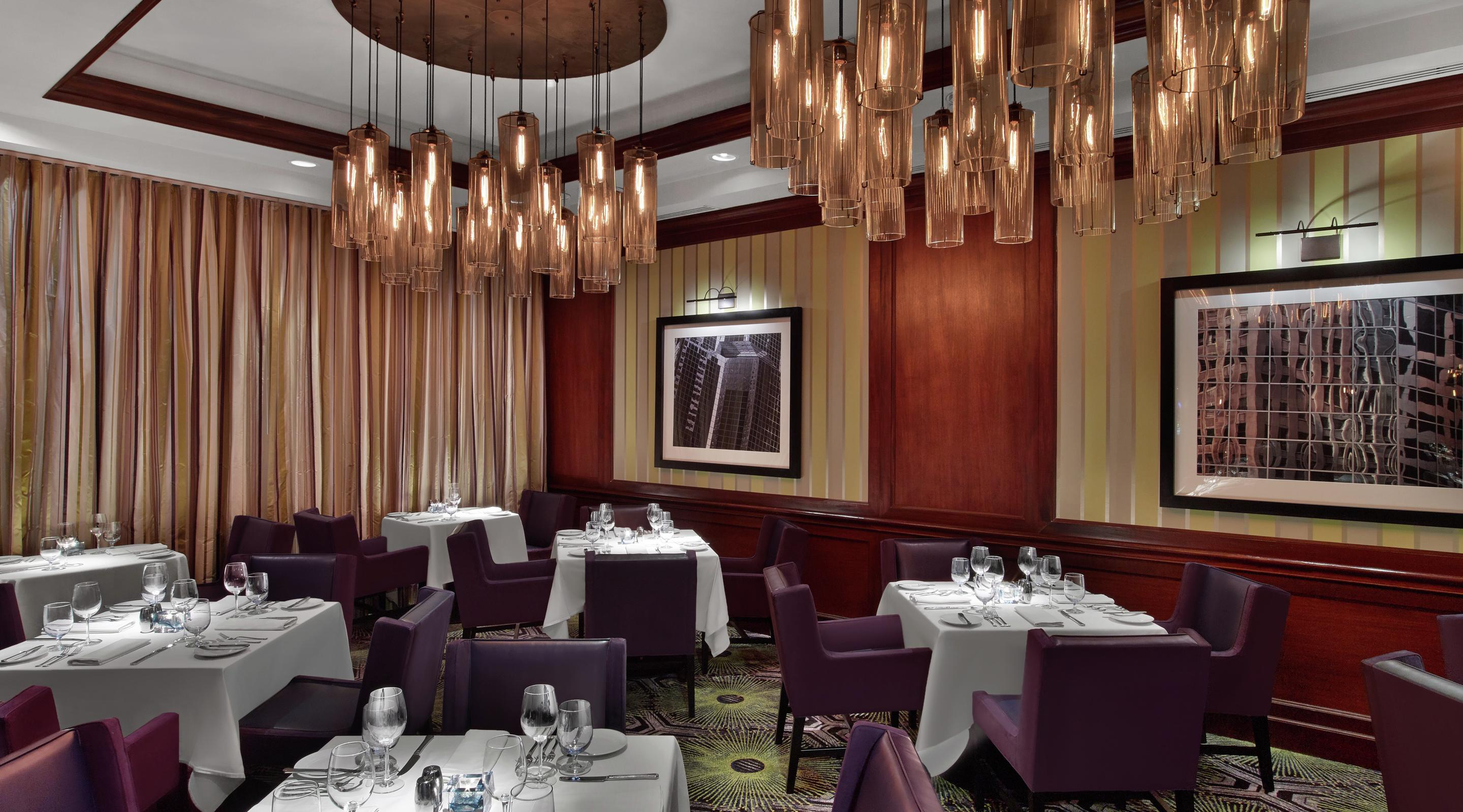 The Chicago Steakhouse offers the finest restaurant experience the Mid-South has to offer.