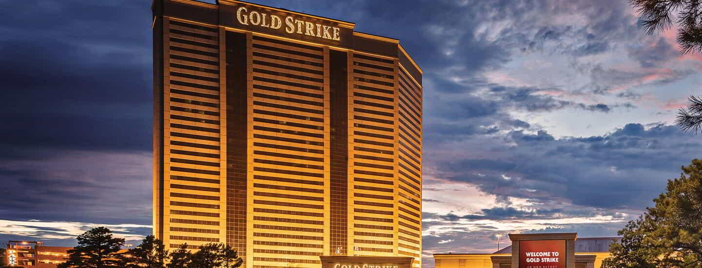 gold-strike-exterior-night-cropped