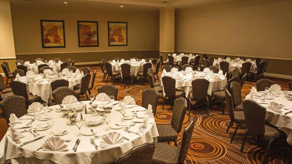 Gold Strike Tunica offers four auxiliary meeting rooms ranging in size from 500 to 1,200 square feet.