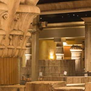 luxor-dining-restaurants-more-buffet-seating.tif.image.300.300.high