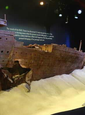 luxor-entertainment-attractions-titanic-wreck-site-replication