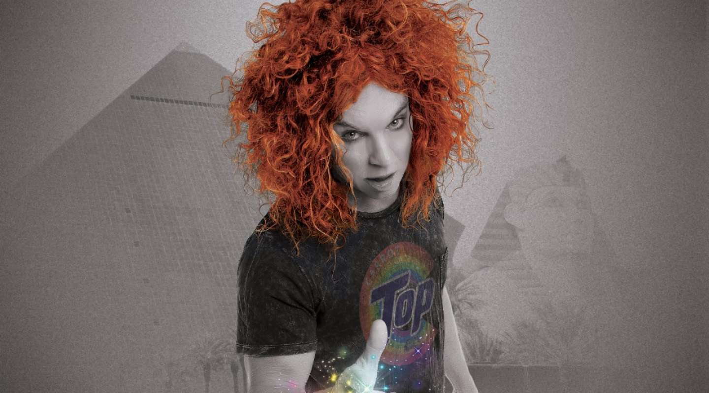 A black and white image of Carrot Top at Luxor.