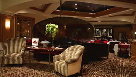 mandalay-bay-restaurants-charlie-palmer-steakhouse-venue-interior