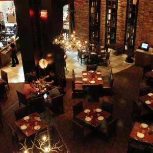 mandalay-bay-restaurant-fleur-by-hubert-keller-dining-room