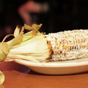 mandalay-bay-restaurant-shoppes-hussongs-cantina-grilled-corn.tif.image.300.300.high