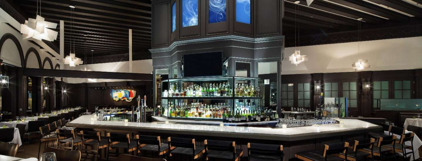 mandalay-bay-restaurant-lupo-inside-bar-architecture