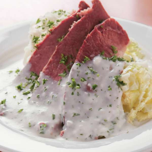 mandalay-bay-restaurant-shoppes-rira-irish-pub-corned-beef