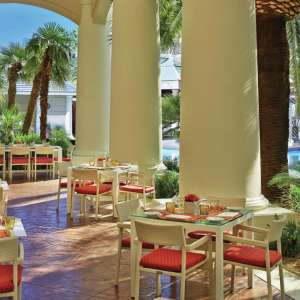 mandalay-bay-restaurant-four-seasons-veranda-outside-dining.tif.image.300.300.high