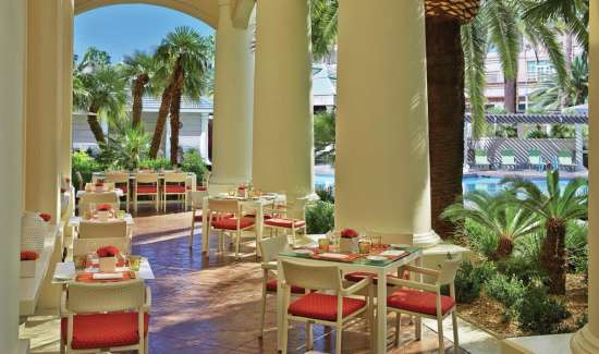 mandalay-bay-restaurant-four-seasons-veranda-outside-dining.tif.image.550.325.high