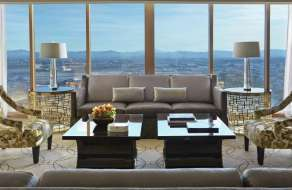 mandalay-bay-hotel-four-seasons-valley-view-suite-living-room