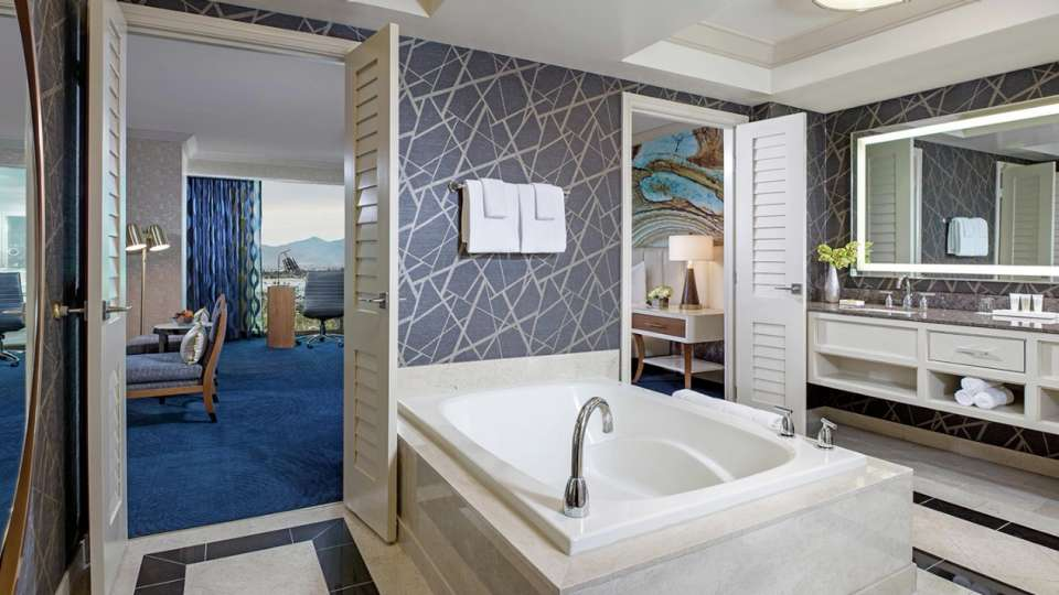 Enjoy the comfort of an open concept living area and a soaking tub for sublime relaxation.