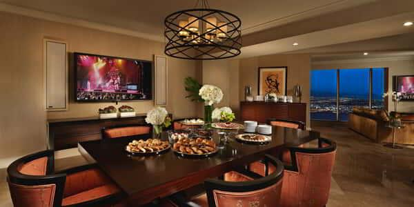 mandalay-bay-hotel-room-hospitality-suite-dining-area