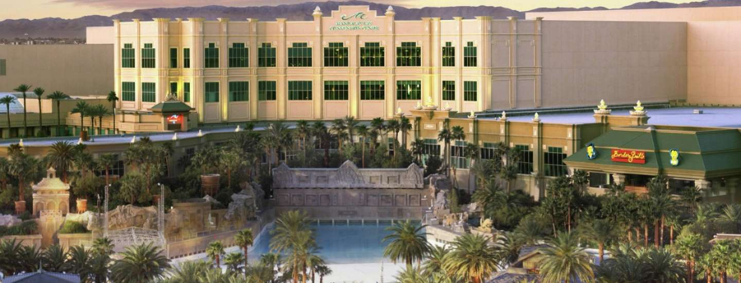 mandalay-bay-meetings-and-conventions-convention-center-exterior-view